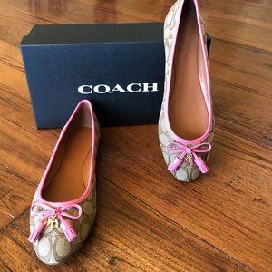 NIB Coach Benni Sig Jacq flat shoes size 9.5